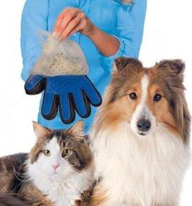 Перчатка-чесалка для домашних животных Pet Brush G