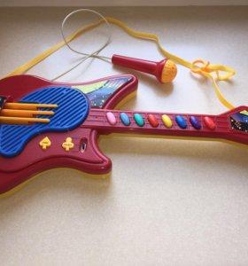 Музыкальная Гитара с микрофоном многофункциональна