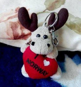 Мягкая игрушка-брелок из Норвегии