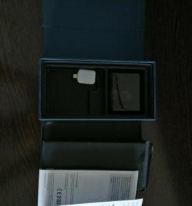 Коробка от Samsung Galaxy S7 с документами
