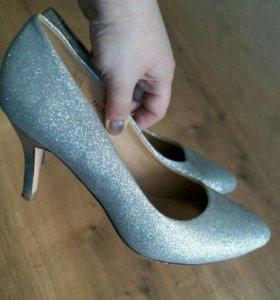 Туфли срочно!