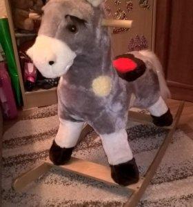 Купите лошадку-качалку Дусю для малыша