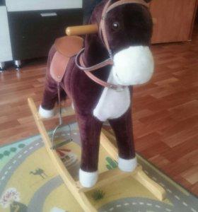 Лошадка -качалка.