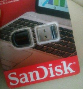 Очень маленькая флешка USB 16 гигабайт