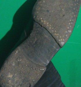 Старинные сапоги ботфорты