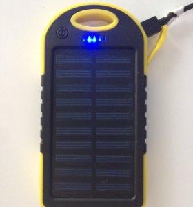 Зарядка с солнечной батареей