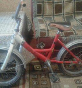 Продаётся велосипед ,7-9 лет,на ходу!