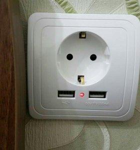 Розетка с заземлением + 2 порта USB