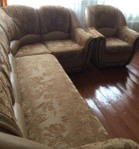 Угловой диван с креслом Сенатор