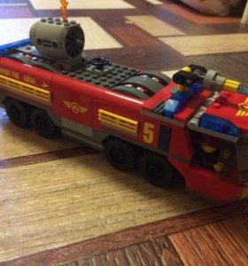 Лего - Пожарная машина