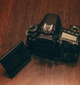 Canon 70D на гарантии