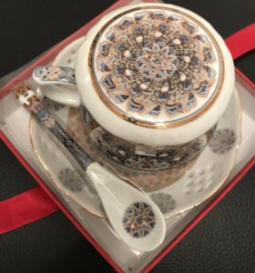 Подарочный набор чашка заварочная с блюдцем и ложк
