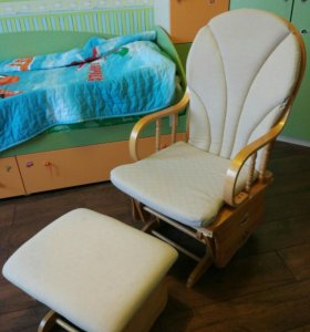 Кресло-качалка Neonato для кормящих мам