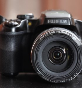 Fujifilm FinePix S8300 Black+сумка-чехол