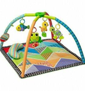 Развивающий коврик с компактным сложением Infantin