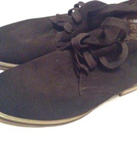 Ботинки. Туфли. Новые.