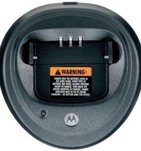 Зарядник для рации Motorola