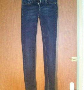 джинсы размера S