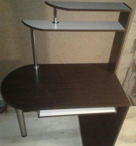 Компьютерный стол (новый)