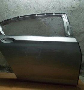 Задняя правая дверь BMW F01/02/04