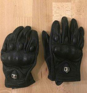 Мото перчатки кожаные с защитой, размер L/9