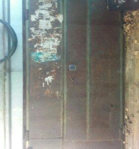 Дверь б/уметтал