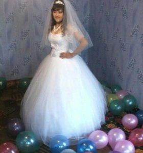Свадьбные платье