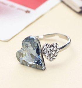 Кольцо со Сваровски 16-19 размер. Новая бижутерия