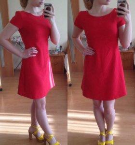 Платье Befree приталенное!!!
