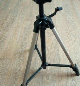 Штатив для фото/видео техники