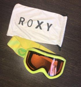 Сноубордическая маска ROXY