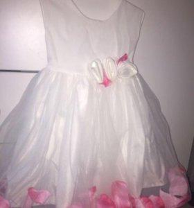 Нарядное платье на 2 года