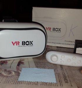 Очки виртуальной реальности.