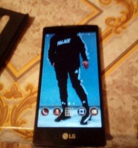 Продам телефон LG Spirit