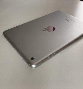 Apple iPad mini 16 gb Wi-fi retina