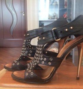 Босоножки на каблуке Giusippe Zanotti