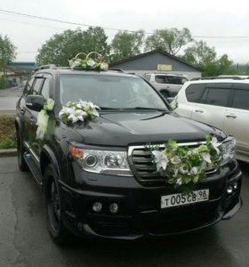 Украшения на свадебный авто.