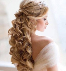 Прическа на выпускной, свадьбу