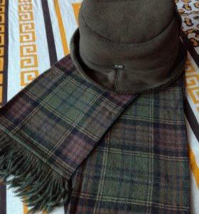 Шляпа и шарф.