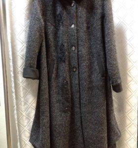 Пальто р-р 66, без подкладки