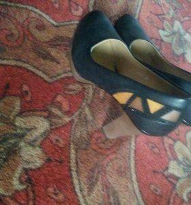 Продам туфли!одевала раз!Возможен торг!