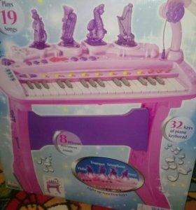 Игрушка -пианино