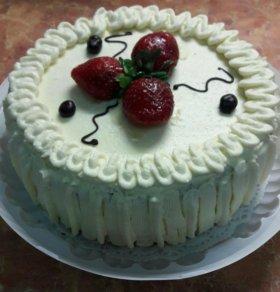 Домашний торт с клубникой))