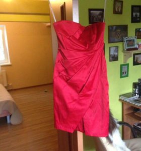 Красное платье - футляр karen millen