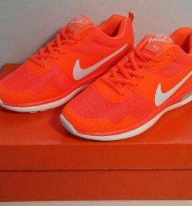 Женские Кроссовочки Nike