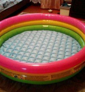 Продам басейн новый купили непомещается в квартире