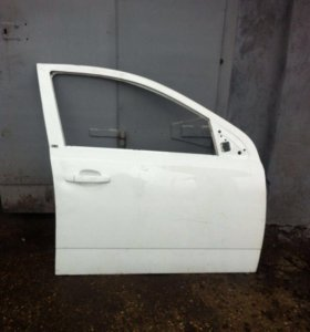 Передняя правая дверь Opel Astra H седан