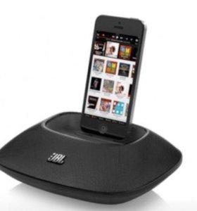 Акустическая система для iPhone JBL OnBeat Micro