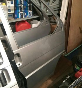 Дверь передняя правая для VW T4