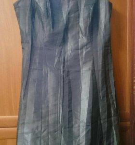 Платье нарядное р.52